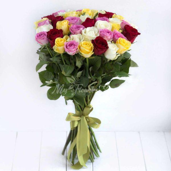 Букет из 29 роз микс цвет