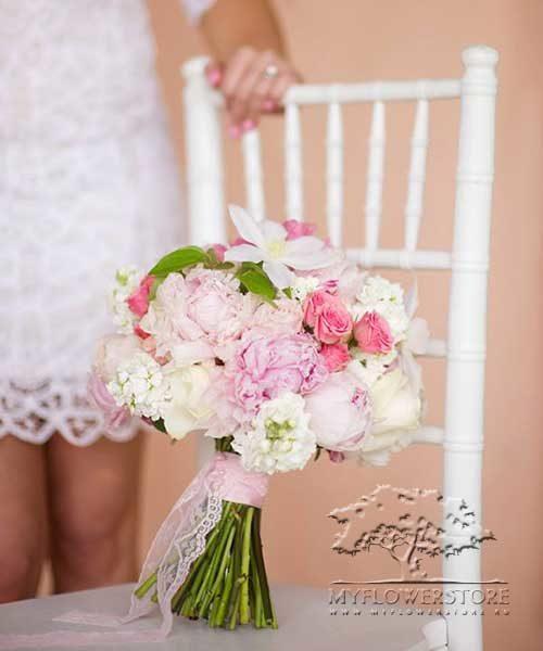 Свадебный букет невесты Лана из нежных английских роз David Austin и пионов
