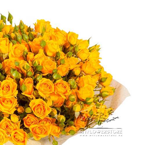 Букет из желтых кустовых роз Тереза