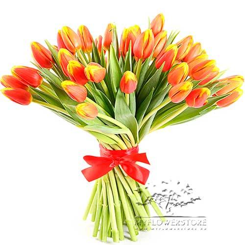 Букет из оранжевых тюльпанов Таира