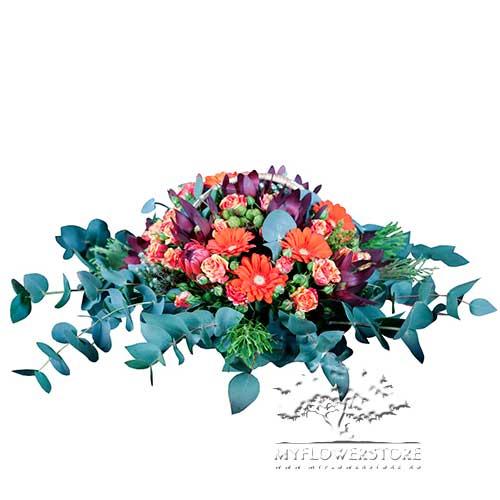 Цветочная композиция Фрида из гербер и кустовых роз