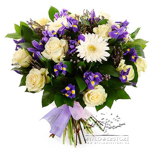 Букет из белых роз, синих ирисов и гербер Мелания