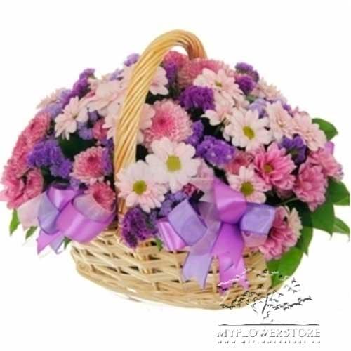 Цветочная композиция из хризантем и статицы Базель