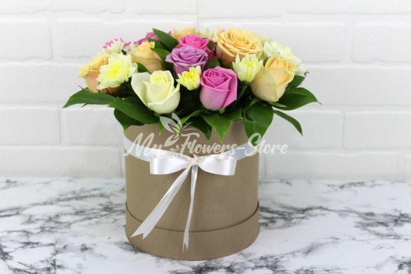 19 микс роз в коробке