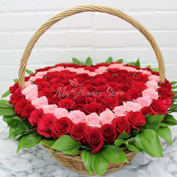 101 роза в корзине в виде сердца 7