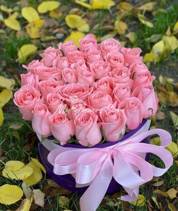 35 кенийская роза в коробке